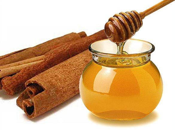 domowe sposoby na wypadanie włosów cynamon oliwa z oliwy miód