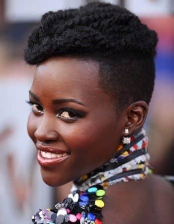 Képek a szőrös fekete nőkről