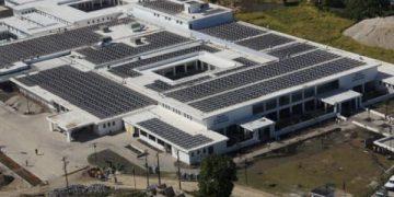 O maior hospital impulsado pola enerxía solar