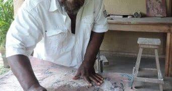 Zirignon Grobli làm nghệ thuật trị liệu